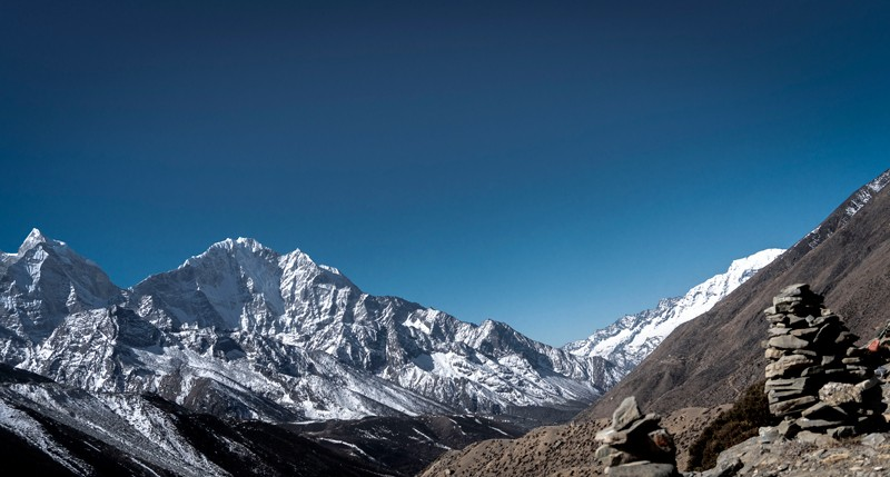 Everest Trekking during spring