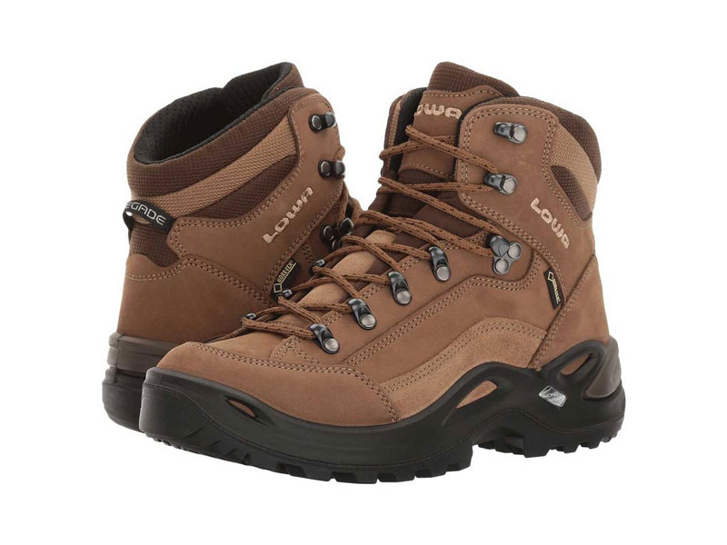 Hiking boots preview