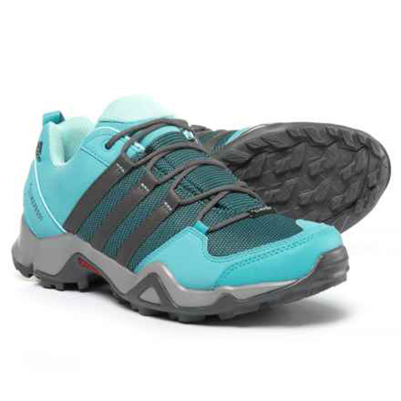 Trekking shoes preview