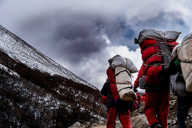 Be Smart to prepare your luggage for EBC expedition