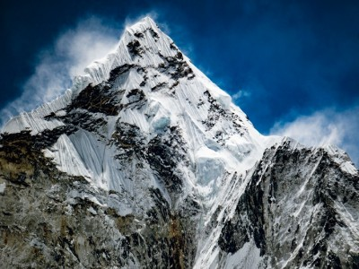 Seasons To Trek Everest Region and Base Camp