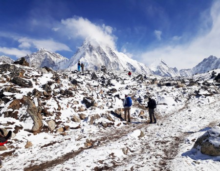 Himalayan Scenery Team for EBC Trek